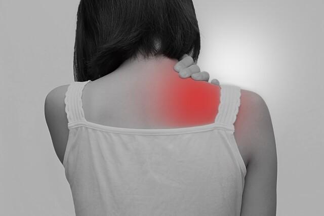 首・肩・肩甲骨の間の痛み・頭痛